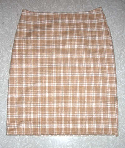 plaid_skirt_flat